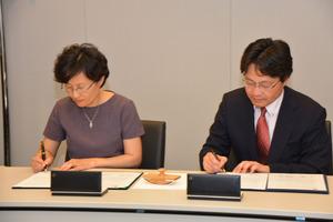 http://www.fmc.keio.ac.jp/news/assets_c/2014/07/WS1-thumb-300x200-254.jpg